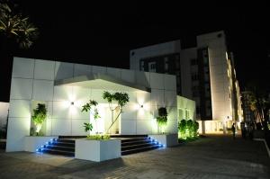 1-palmera-community-hall