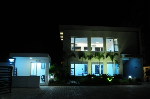 1-palmera-garden-club-house