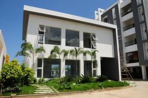1-palmera-garden-club-house-2