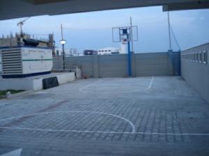 3-pelican-nest-basketball-half-court