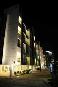 33-palmera-garden-block-b