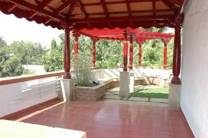 4-d-silva-road-terrace-inner